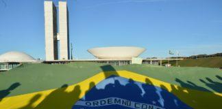 Bandeira do Brasil diante do congresso trabalhos escolares